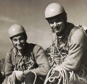Juraj Weincziller01 a Milan Kriššák (vľavo) po prelezení západnej steny Lomnického štítu v roku 1968